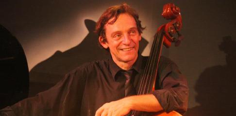 Marc-Michel Lebevillon professeur de contrebasse à la Swing Romane Académie